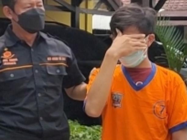 Polisi Lakarsantri Tangkap Pecandu Narkoba Asal Surabaya