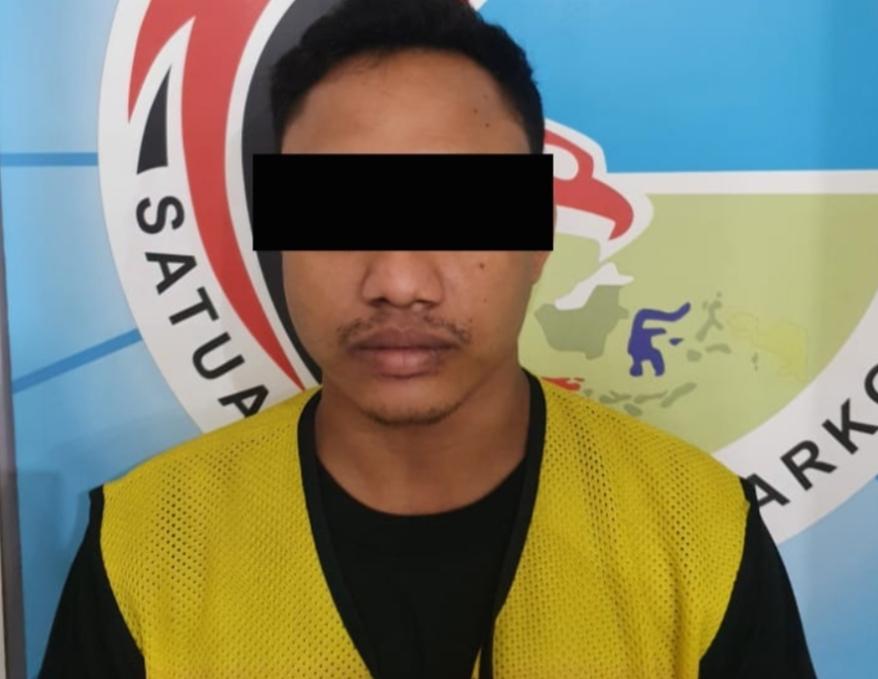 Satresnarkoba Polrestabes Surabaya Tangkap Kurir Sabu Asal Sidoarjo